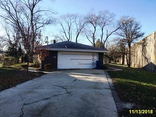 918 N School, Addison, IL 60101