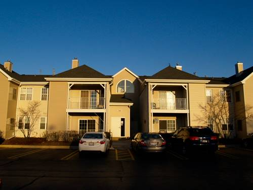 746 Gary Unit 5-106, Carol Stream, IL 60188