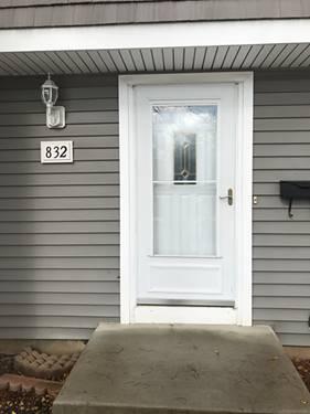 832 Carnaby Unit 832, Schaumburg, IL 60194