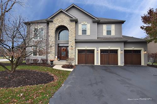 1290 Fox Chase, St. Charles, IL 60174