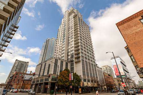 200 W Grand Unit 1904, Chicago, IL 60654 River North