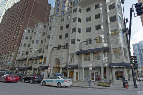 1 E Delaware Unit 22G, Chicago, IL 60611 Gold Coast