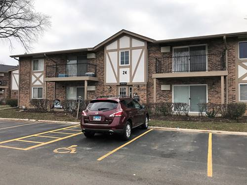 16W481 Lake Unit 24-106, Willowbrook, IL 60527