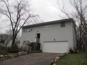 421 N Lakewood, Round Lake, IL 60073