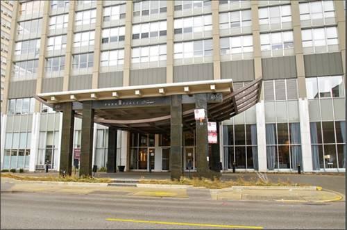 655 W Irving Park Unit 3201, Chicago, IL 60613 Lakeview