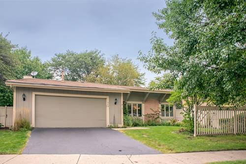 542 Bryce, Roselle, IL 60172