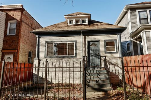 4836 N Albany, Chicago, IL 60625 Ravenswood