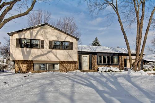 866 Camelot, Crystal Lake, IL 60014