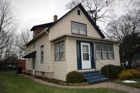 100 S Edison, Elgin, IL 60123