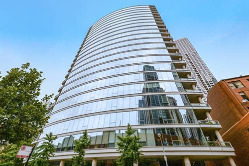 30 W Oak Unit 6F, Chicago, IL 60610 Near North