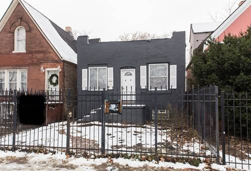 848 N Trumbull, Chicago, IL 60651
