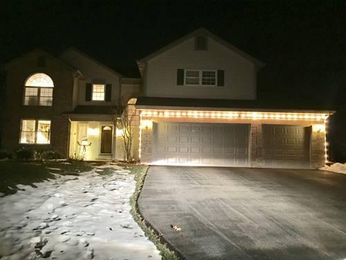 811 Oak Valley, Crystal Lake, IL 60014
