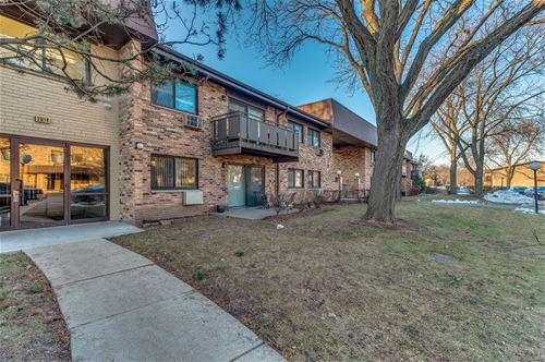 2614 N Windsor Unit 104, Arlington Heights, IL 60004