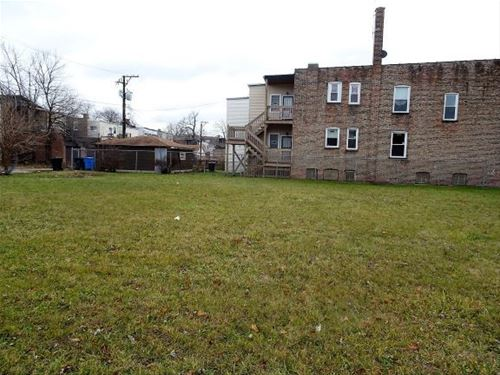 6107 S Champlain, Chicago, IL 60637 West Woodlawn