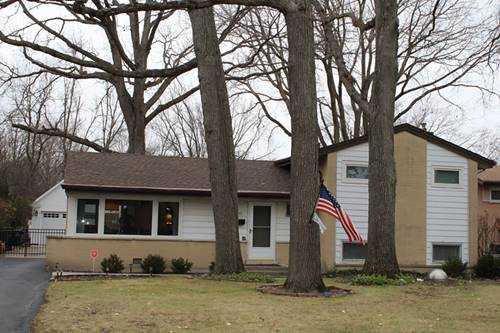 1240 Heatherfield, Glenview, IL 60025