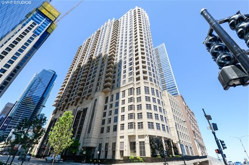 530 N Lake Shore Unit 906, Chicago, IL 60611 Streeterville