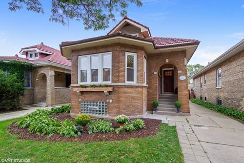 6725 N Campbell, Chicago, IL 60645