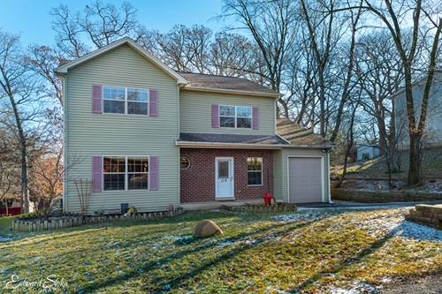 219 Meadow, Oakwood Hills, IL 60013