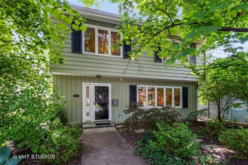 2309 Hastings, Evanston, IL 60201