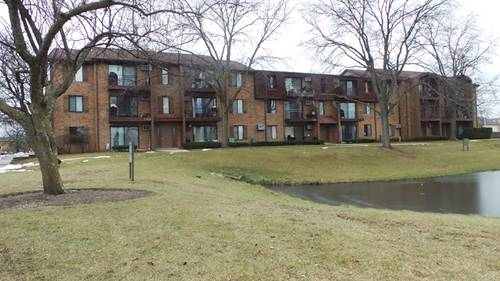 744 N Briar Hill Unit 2, Addison, IL 60101