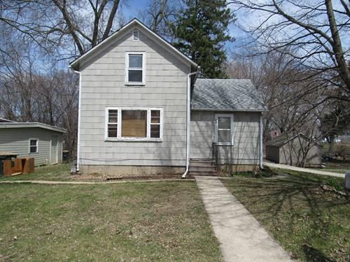 18 W Tyler, Oswego, IL 60543