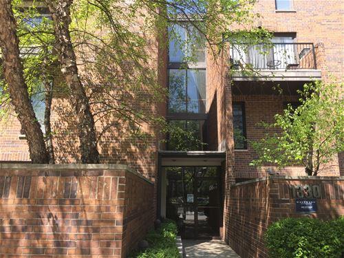 1330 N La Salle Unit 300, Chicago, IL 60610 Old Town