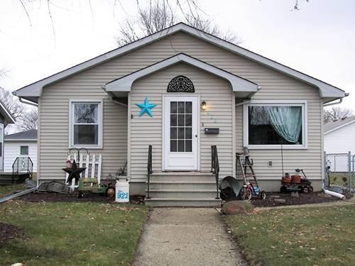 922 E Benton, Morris, IL 60450