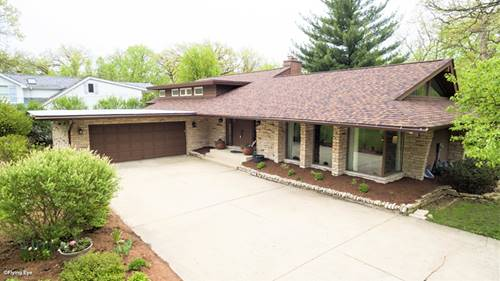 330 Forest Trail, Oak Brook, IL 60523