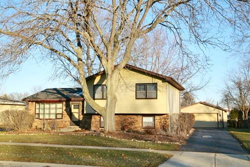 685 Renee, South Elgin, IL 60177