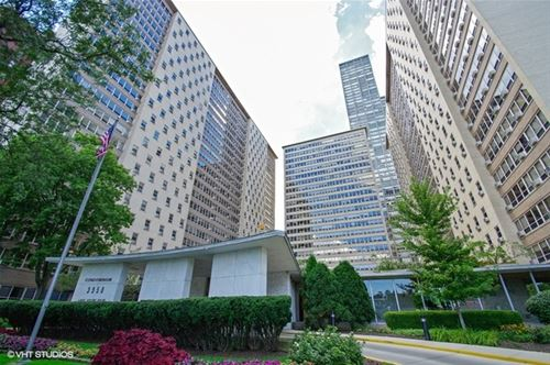 3950 N Lake Shore Unit 1801, Chicago, IL 60613 Lakeview