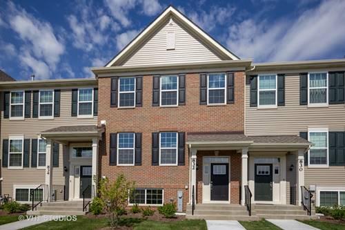 832 Shadowbrook, Oswego, IL 60543
