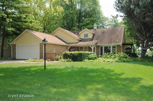 28W033 Country View, Naperville, IL 60564
