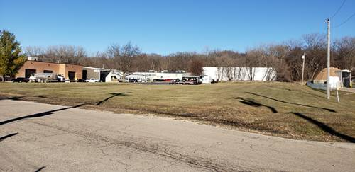 1020 Tamarac, Carpentersville, IL 60110