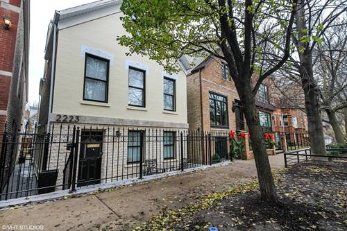 2223 W Charleston, Chicago, IL 60647 Bucktown