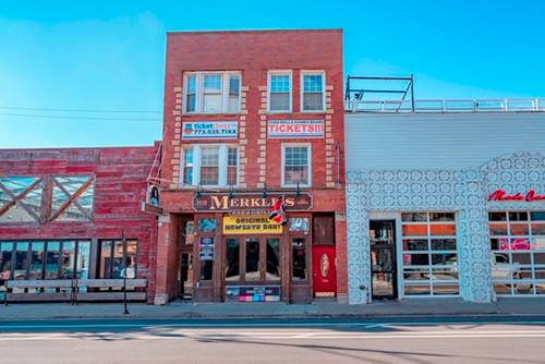 3516 N Clark Unit 2, Chicago, IL 60657 Lakeview