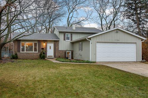 1154 Windsor, Wheaton, IL 60189