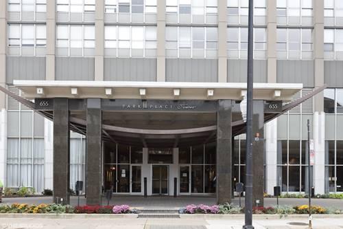 655 W Irving Park Unit 315, Chicago, IL 60613
