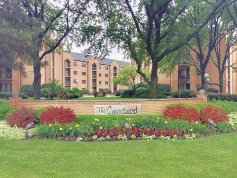 7400 W Lawrence Unit 430, Harwood Heights, IL 60706
