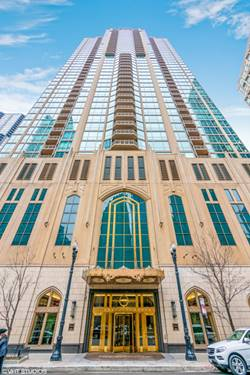 21 E Huron Unit 3801, Chicago, IL 60611 River North