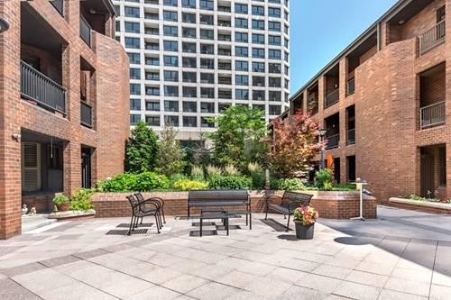1000 N State Unit 5, Chicago, IL 60610 Gold Coast