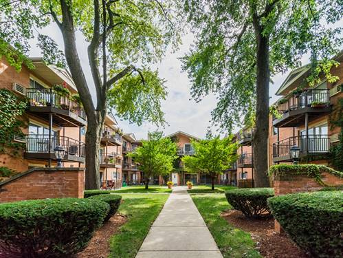 1529 W Farwell Unit 3S, Chicago, IL 60626