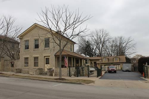 316 Cedar, St. Charles, IL 60174