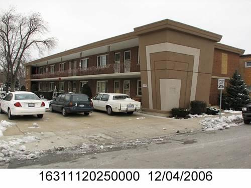 3225 Home, Berwyn, IL 60402