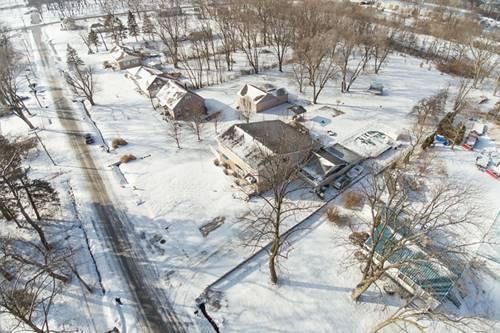 17840 Paxton, Lansing, IL 60438