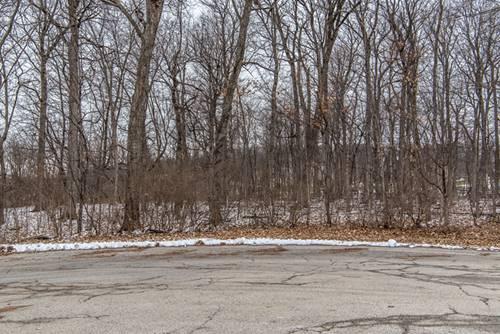 7215 Ironwood, Yorkville, IL 60560