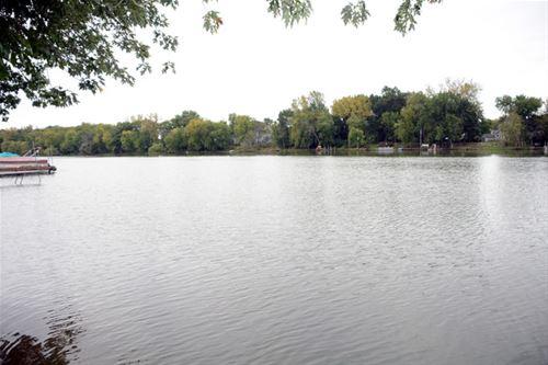 3814 Riverside, Crystal Lake, IL 60014