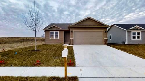 51 Winding, Bloomington, IL 61705