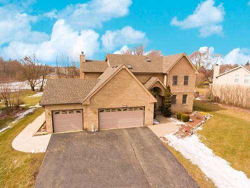 870 Cherry Blossom, West Chicago, IL 60185