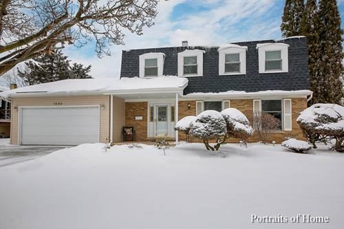 1535 Briarcliffe, Wheaton, IL 60189