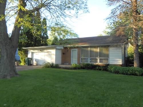 817 Cedar, Northbrook, IL 60062